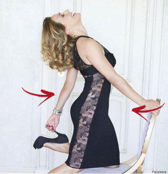 Barbara D'Urso, il ritocco su Photoshop non riesce. L'effetto dimagrante deforma la porta alle sue spalle...