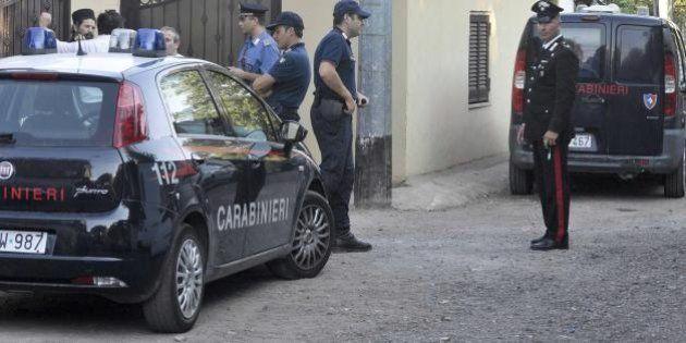 Padre accoltella le figlie e tenta di uccidersi San Giovanni La Punta. Morta la bambina di 12