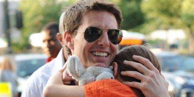 Tom Cruise pronto a lasciare Scientology per amore della figlia: dettami troppo rigidi, vuole vederla...
