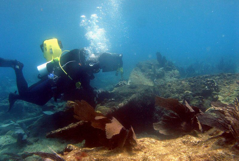INAH specialists Identified Remains of the British ship HMS Forth, found in the Yucatan Peninsula.