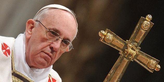 Papa Francesco chiede perdono per Vatileaks 2 ai dipendenti vaticani:
