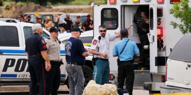 Texas, sparatoria tra gang di motociclisti: 9 morti e 18 feriti. Far West nel centro