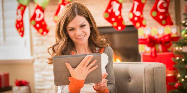 Natale 2015, 10 idee regalo geek per grandi e piccoli che non riescono a fare a meno della