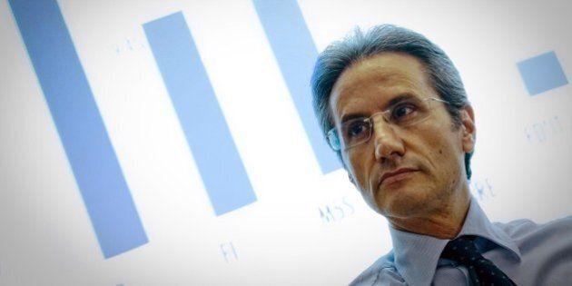 Antonio Scalzone, imputato per concorso esterno in associazione camorristica, in una lista collegata...