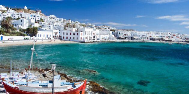 Vuoi aiutare la Grecia? Vai lì in vacanza! I consigli di un giornalista greco del Guardian per portare...