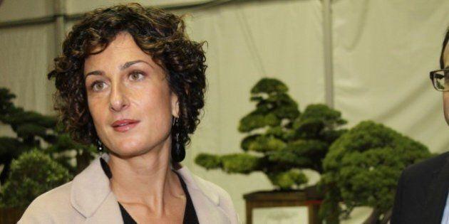 Agnese Renzi, test Invalsi boicottati da tutta la classe della first lady. Disegnini e scarabocchi al...