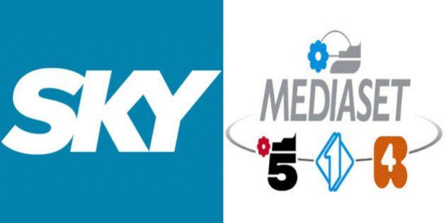 Diritti tv, ispezioni della Finanza in Lega Calcio, Sky, Mediaset e altre. Accertamenti sulle stagioni