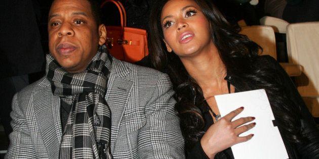 Jay Z e Beyoncé hanno pagato la cauzione agli arrestati di Ferguson e Baltimora. Lo rivela l'attivista...