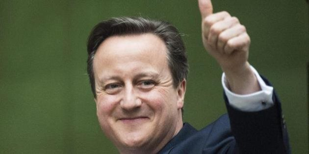 David Cameron accelera su referendum Brexit: proposta all'indomani del discorso della regina. Pressing...