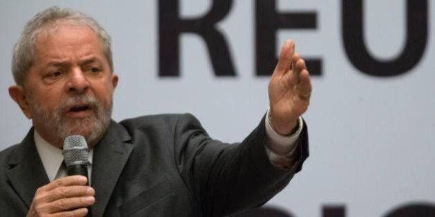 Brasile, i giudici vogliono arrestare Lula per corruzione: