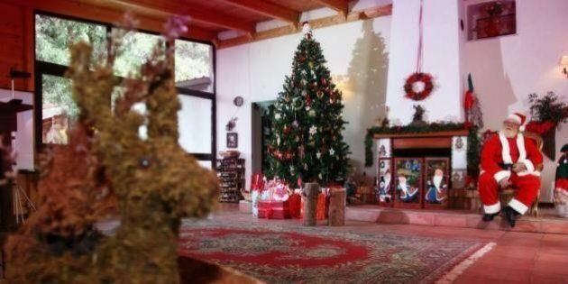Sequestrato il villaggio di Babbo Natale a Giugliano. I vigili mettono i sigilli perchè era abusivo....