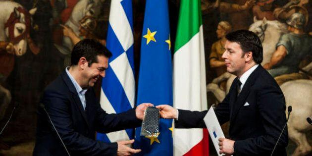 Grecia. Tsipras voleva Renzi al vertice con Merkel e Hollande. Ma il premier italiano ha detto no: invito