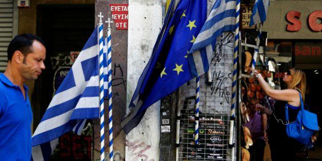 Grecia, sondaggio Reuters tra gli economisti: 55% di possibilità che Atene esca
