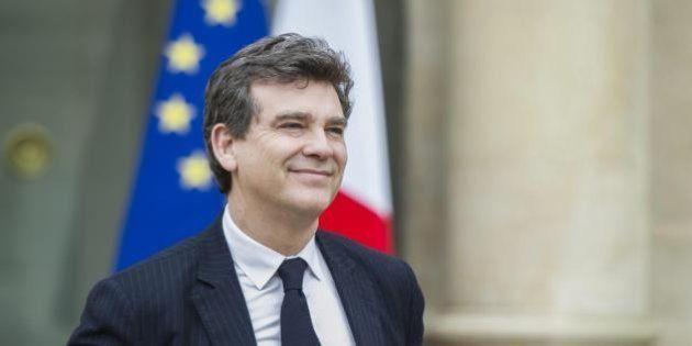Francia, lascia il ministro dell'Economia Arnaud Montebourg, contrario all'austerity. Ora Manuel Valls...