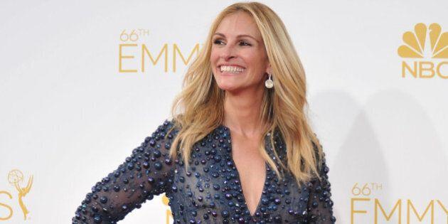 Emmy Awards 2014. Sul red carpet, i look migliori e peggiori delle star. La più bella: Julia Roberts