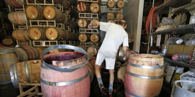 Terremoto California, Napa raccoglie il vino versato. Nello stato americano si conta 1 miliardo di dollari...