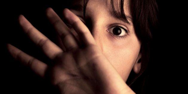 Abusi sui minori: Rotherham 1.400 bambini abusati in 16 anni. Il rapporto che gela