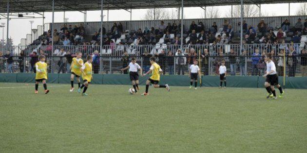 Calcio, Lodi: troppe risse tra genitori, porte chiuse per i
