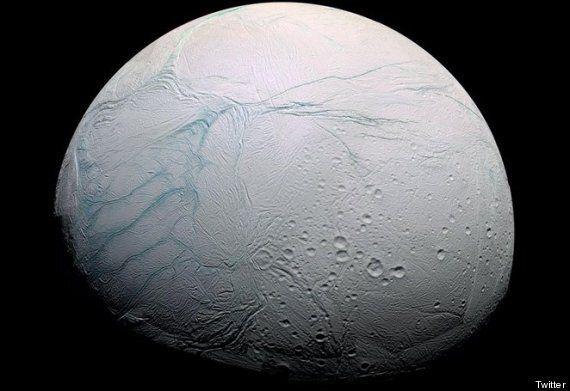 10 scoperte 2014 che non dimenticheremo facilmente. L'oceano su una luna di Saturno, il