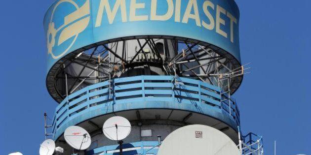 Rai Way, la maxi offerta di Mediaset si ferma subito con lo stop del governo. Per accettarla serve un...