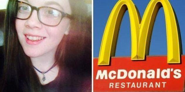 Prova a offrire un panino McDonald's a un senzatetto, ma il personale si rifuta: