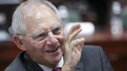 Schaeuble ridimensiona Draghi: