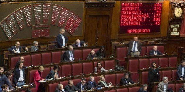 Stato Palestina, Pd si spacca sul riconoscimento. In 63 non votano la mozione Ncd, Bersani e i suoi seguono...