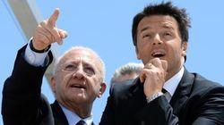 Renzi a Salerno sale sul carro di De Luca e si scorda degli impresentabili e della decadenza del