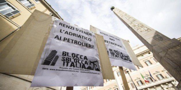 Per Matteo Renzi la grana petrolio in Basilicata: sindaci Pd e studenti in rivolta, il governatore renziano...