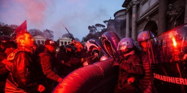 Matteo Salvini a Roma, città blindata, 3mila uomini in piazza e massima allerta. L'avviso ai negozianti:...