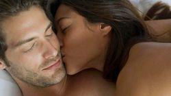 Le coppie che amano coccolarsi hanno un vantaggio sulle