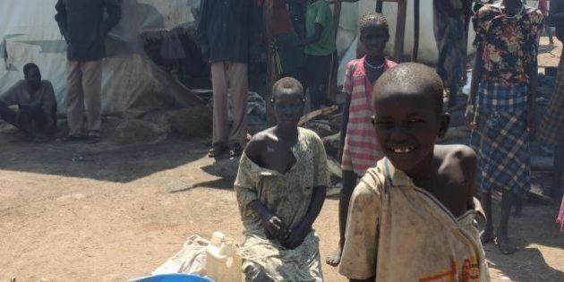 Sud Sudan, bambini soldato pronti a combattere in prima linea. Migliaia i minori reclutati dalle milizie...