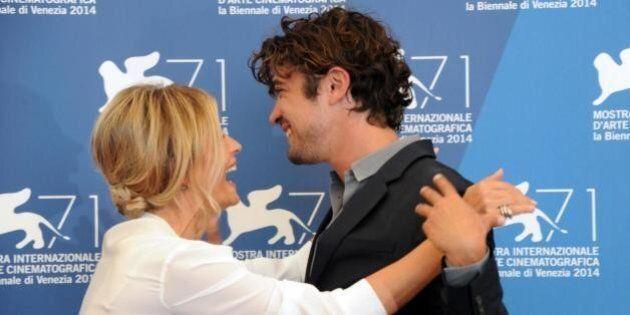 Festival del Cinema di Venezia, Riccardo Scamarcio e Isabella Ferrari da scandalo con