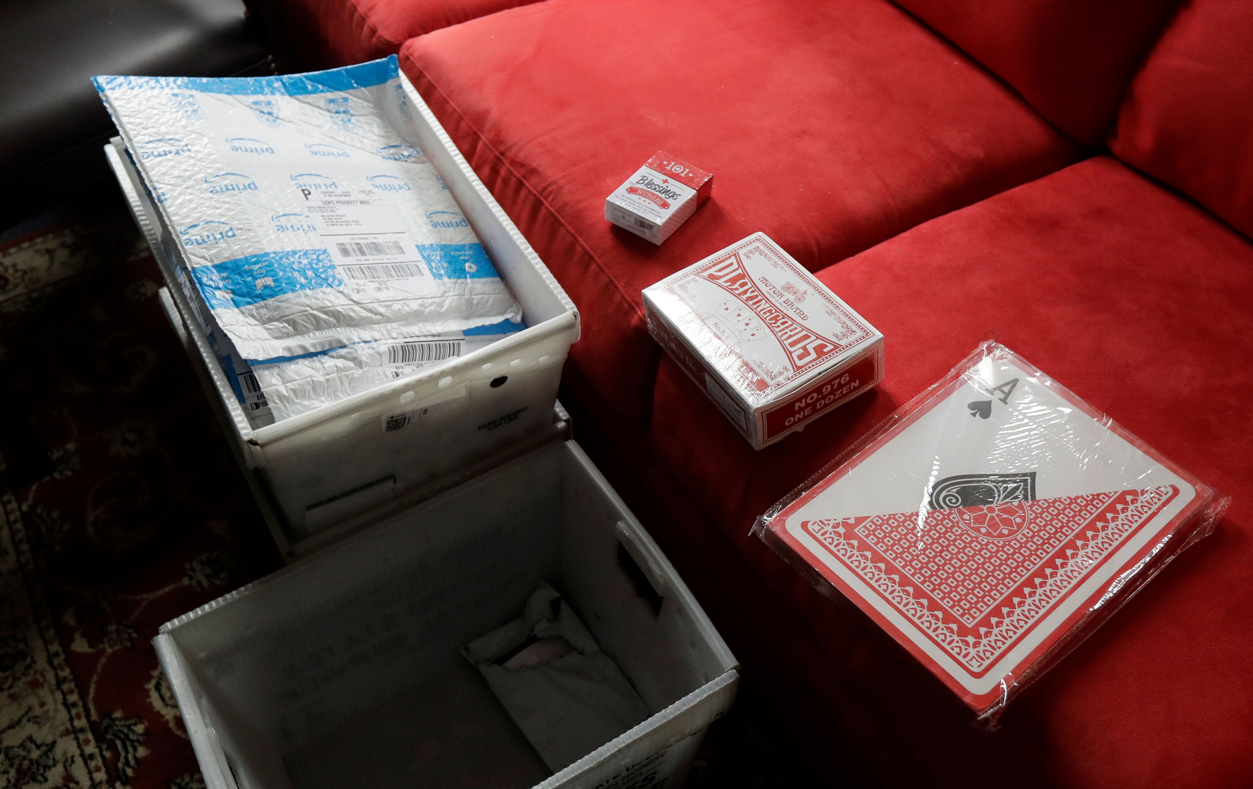 Washington UPS Gets 667 Packages Of Cards For Senator Who Said Nurses 'Play Cards' At Work