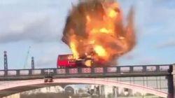 Bus esplode sul Tamigi: panico a Londra, ma è solo un