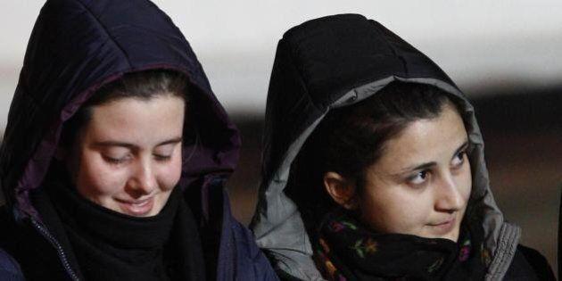 Rilascio Greta e Vanessa, uno dei rapitori condannato perchè si intascò 5 milioni. E' stato pagato il
