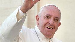 #PapaFrancescoEsciLeDate, dopo il disco i fan fedeli chiedono un concerto a Papa