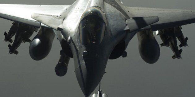 Caccia russo viola lo spazio aereo della Turchia, la Nato convoca una riunione: