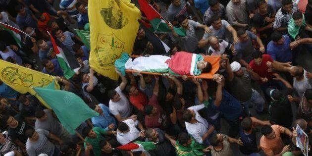 Cisgiordania, due giovani palestinesi uccisi in scontri con la polizia israeliana. Città vecchia chiusa...