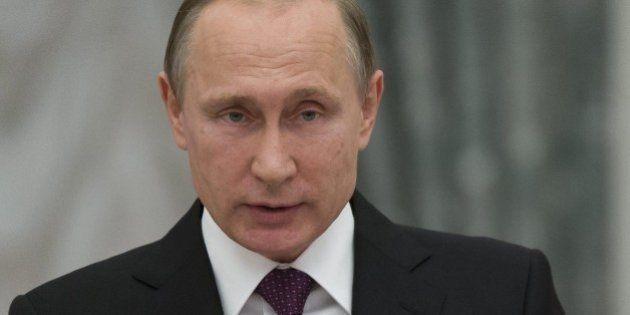 Vladimir Putin annuncia il ritiro militare dalla Siria: