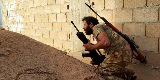 Libia, Italia pronta a inviare 200 militari per proteggere uffici internazionali a Tripoli. Ma mancano...