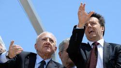 Renzi ammette l'errore di candidare De Luca, ma per ora si va