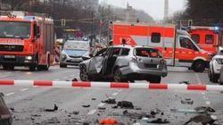 Bomba in un'auto a Berlino, morto il conducente. Indaga la