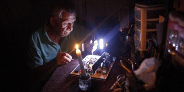 Venezuela, settimana lavorativa di 2 giorni per i dipendenti pubblici. La crisi energetica inguaia sempre...