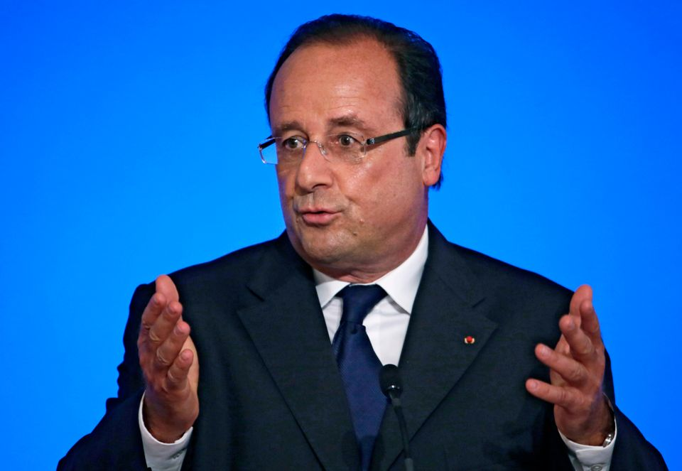 "French President Francois Hollande <a href=""https://www.huffpost.com/entry/france-syria_n_3823398"" target=""_hplink"">firmly su"