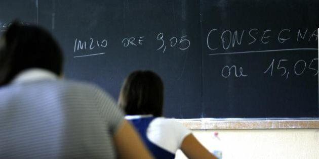Concorso scuola, via alle prove scritte. Oltre 165 mila domande per 63 mila posti. L'85% delle domande...