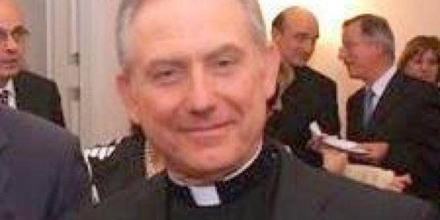 Truffa da 30 milioni di euro per un monsignore argentino: rubava i soldi delle donazioni dei
