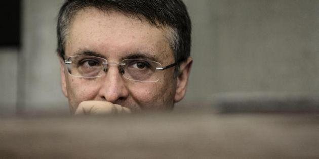 Corruzione, non si salva nemmeno l'Anac di Raffaele Cantone: procedimento penale per un