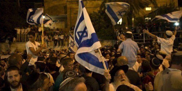 Gerusalemme, la destra israeliana in strada urla