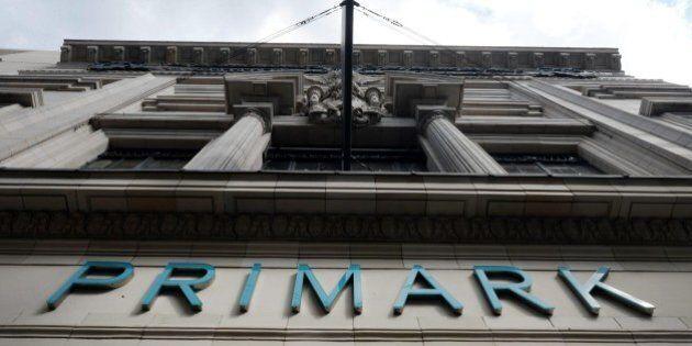 Parigi, banditi fanno irruzione in un negozio Primark . Rilasciati 18